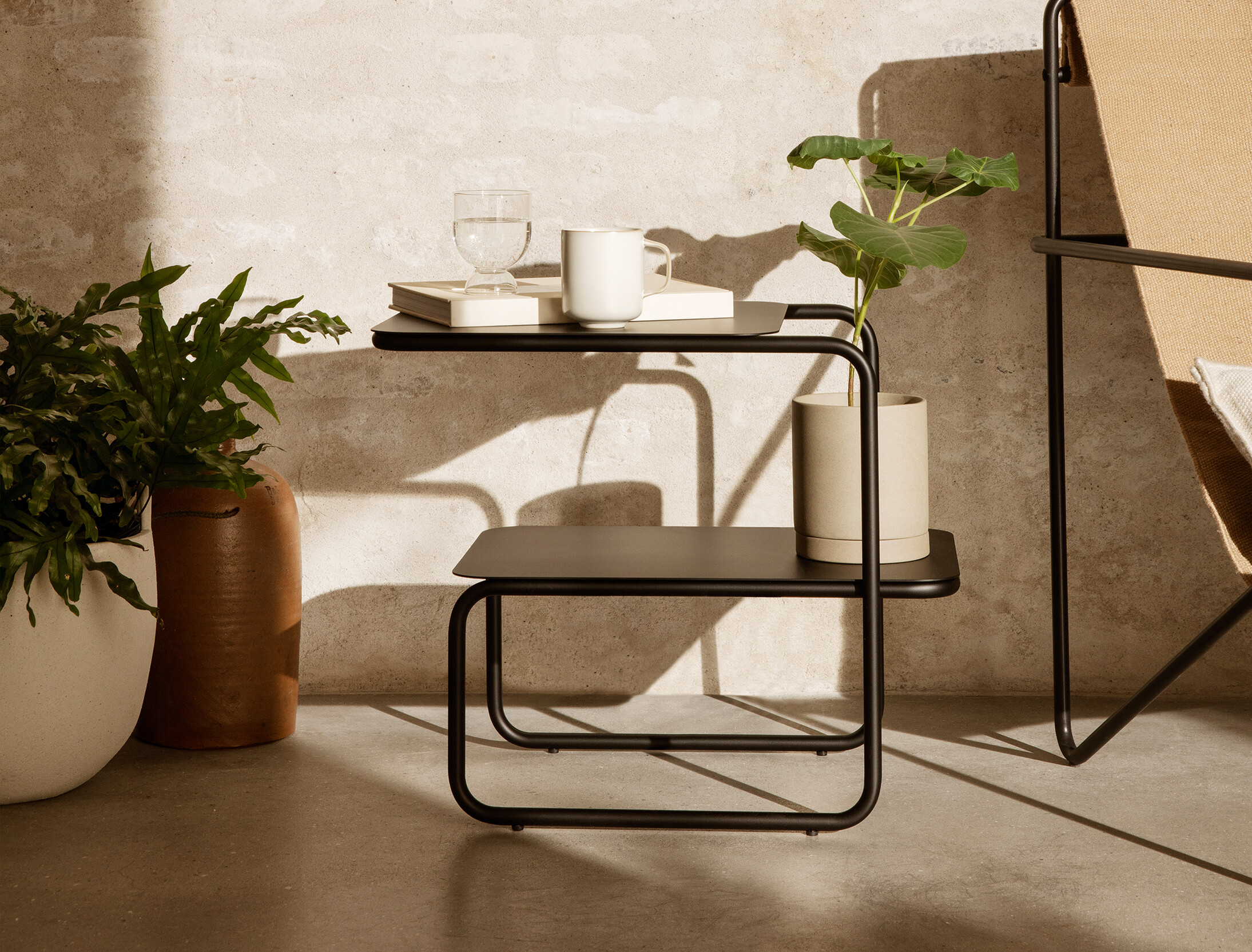 Table d'appoint Level Side Table