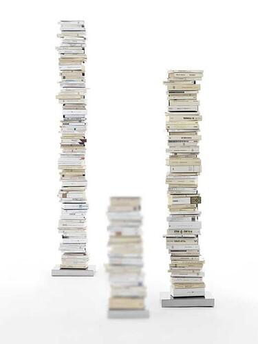 Büchersäule Ptolomeo 15 Fächer | Stahlblech schwarz, Sockel Edelstahl poliert