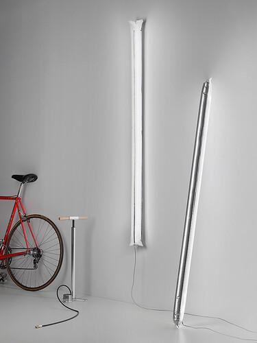 LED-Stehleuchte Blow Me Up L 120 cm | silberfarben