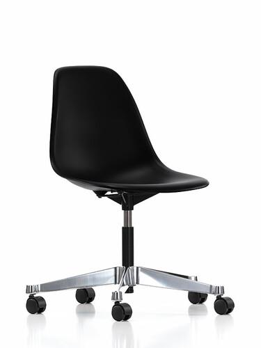 Drehstuhl Eames Plastic Side Chair PSCC