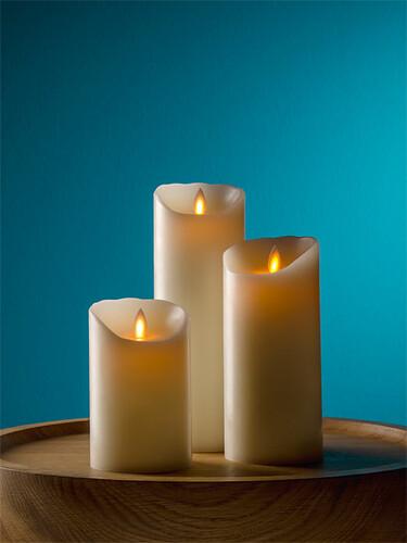 LED-Echtwachskerze Flame Groß: H 23 cm | elfenbein