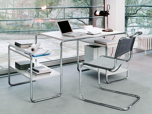 Thonet Schreibtisch S285 mit Fachböden | Esche offenporig weiß decklackiert; Gestell: verchromt