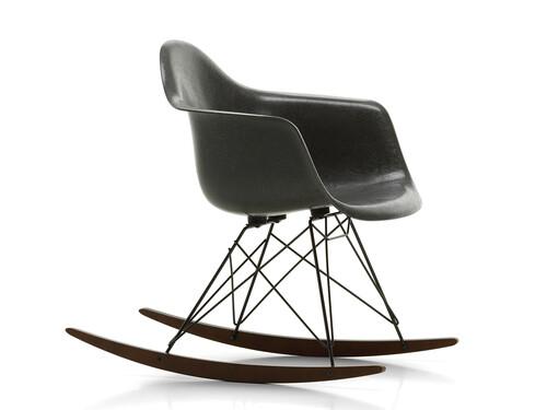 Schaukelstuhl Eames Fiberglass Armchair RAR