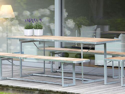 Tisch Jever