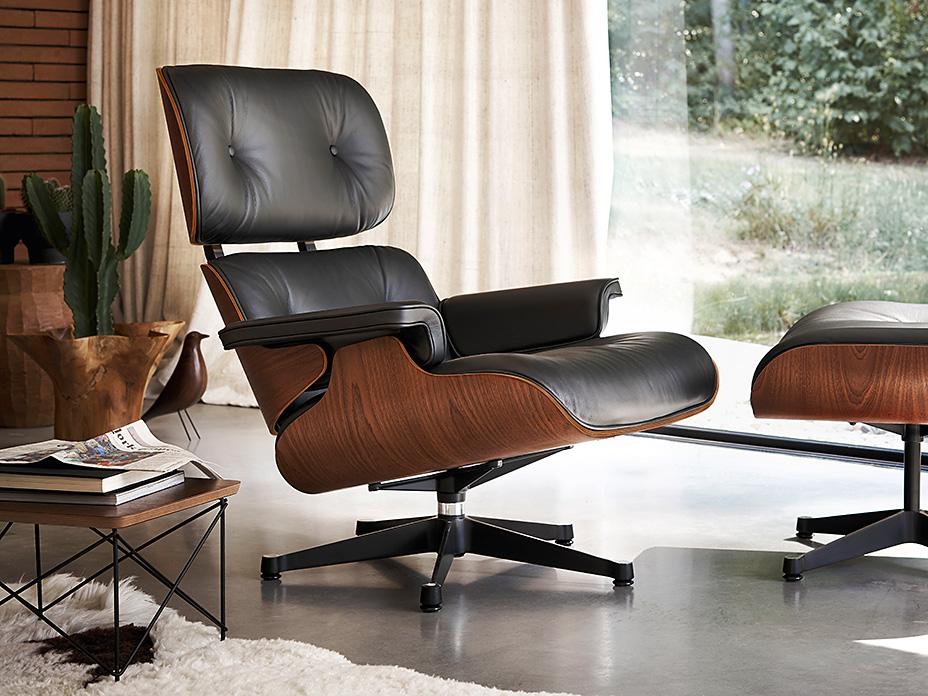 Eames Lounge Stoel : Vitra u lounge chair ottoman in sapeli mahagoni cairo